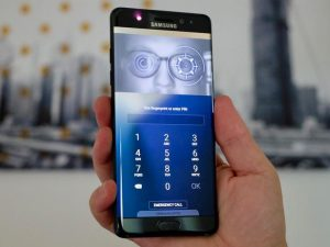 Samsung Galaxy S8 iris scanner fooled by hackers